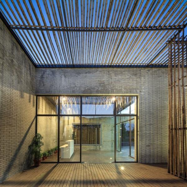 Haus Mit Bambus Sichtschutz Im Traditionellen Chniesischen