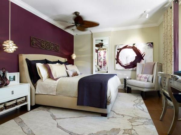 zwei farben schlafzimmer beige lila wand gemalde - boisholz - Schlafzimmer Lila Wand
