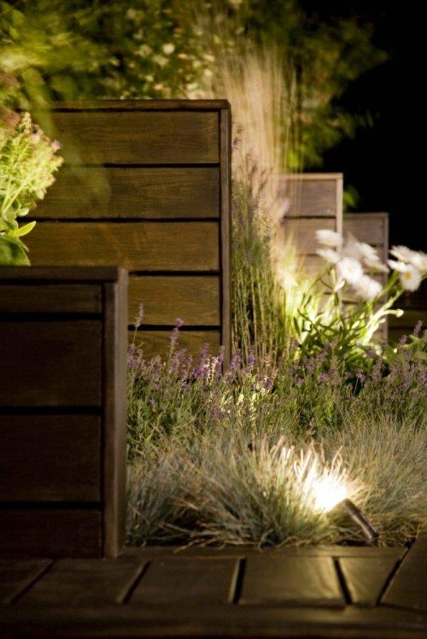 Moderne Solar Garten Beleuchtung  Energiesparend  effektiv