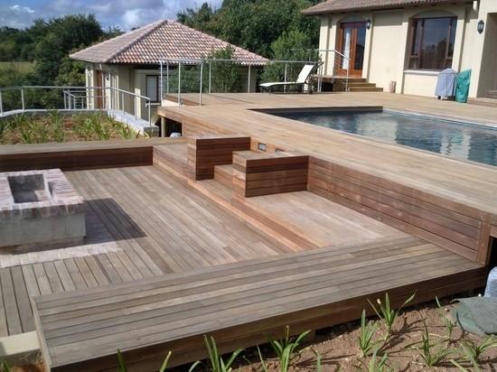 verschiedene niveaus ideen fur terrasse aus bangkirai holz. Black Bedroom Furniture Sets. Home Design Ideas