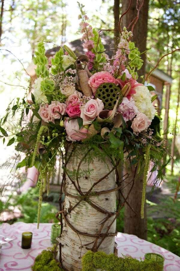 Blumengestecke Garten Baumstamm Rustikal