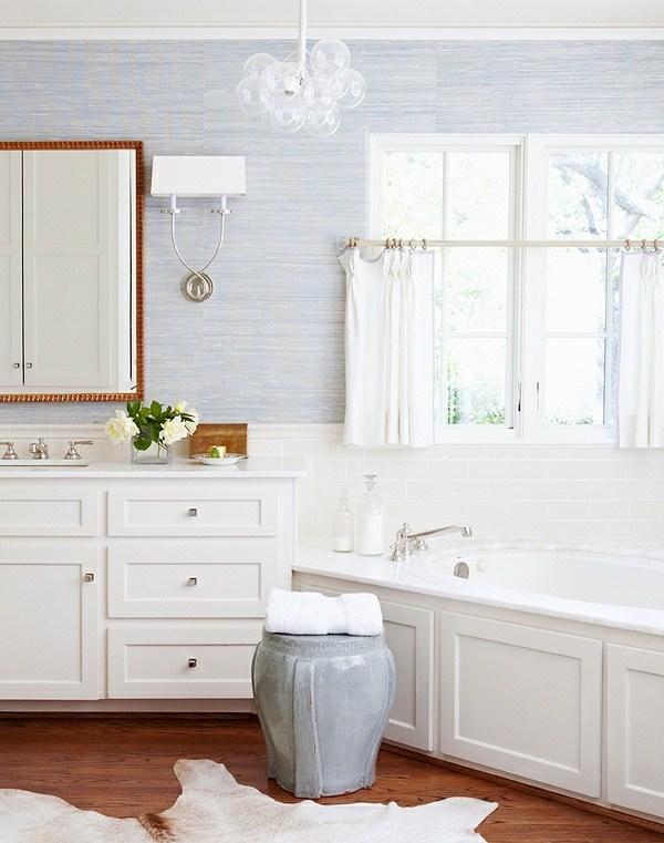 Lampe im Badezimmer  Feuchtigkeitsschutz Montage und