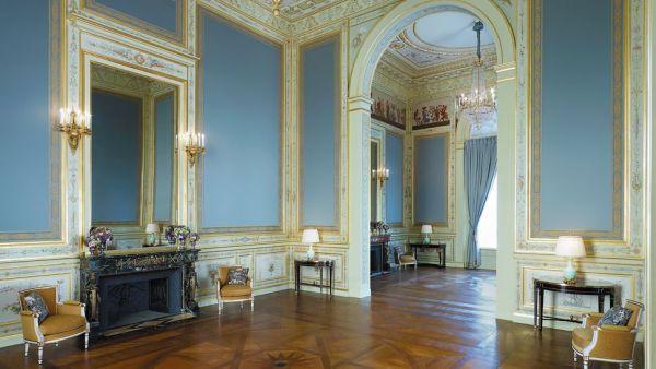Die 10 teuersten Luxus Hotels in der Stadt der Liebe Paris