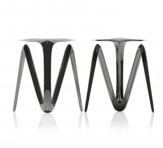 Ausgefallenes Stuhl Design aus Kohlenstofffasern von