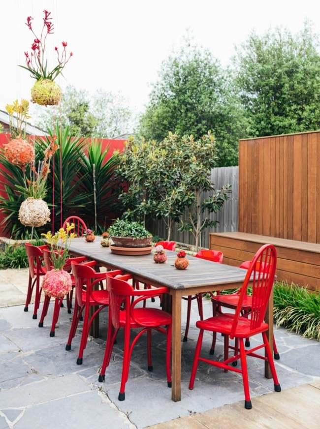 Pflanzgefe aus Moos und Faden dekorieren Haus und Garten