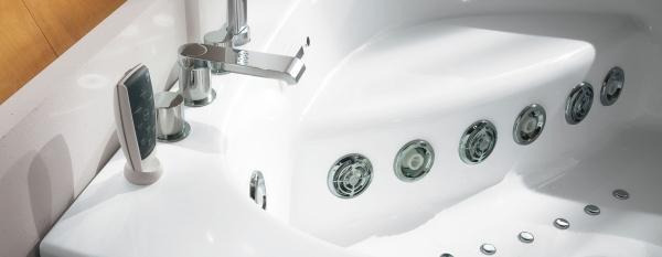 Ergonomische EckBadewanne mit Dusche und Whirlpool