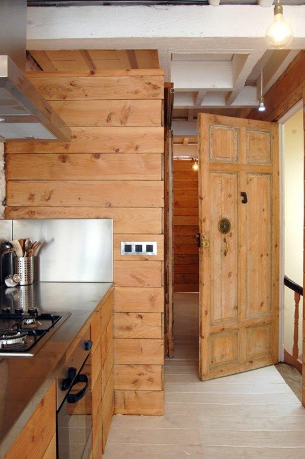 Schmale Wohnung einrichten weie sthetik mit rustikalem Touch