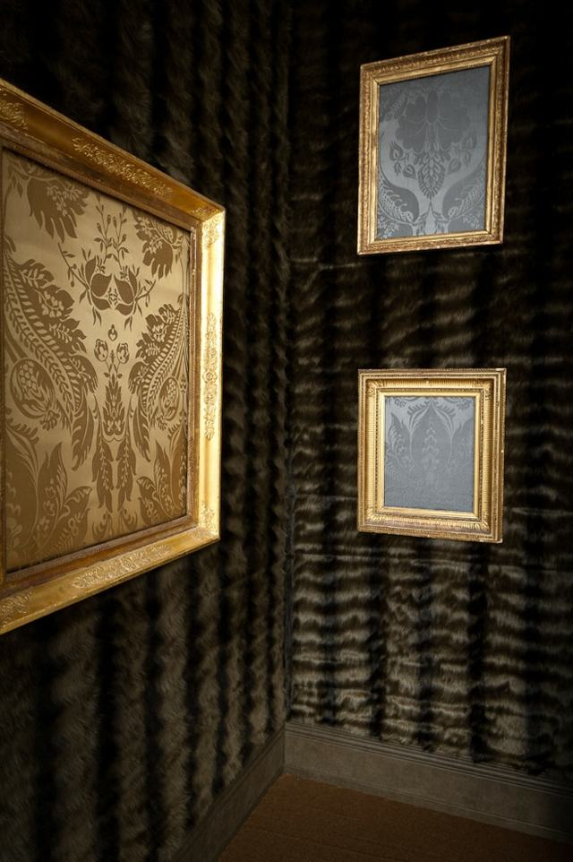 Wand mit Stoff bespannen Deko mit Textilien verschnert das Interieur