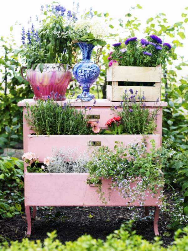 Alte Kommode aufpeppen - Ideen wie Möbel verschönern
