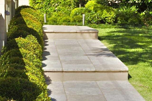 gartengestaltung pflege andschaftsbau hanggarten anlegen terrasse,