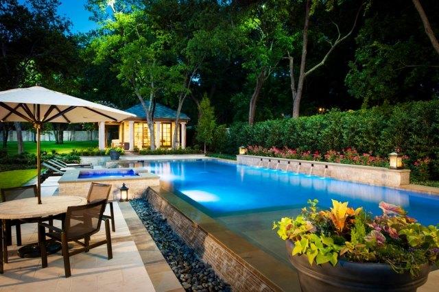 pool auf der terrasse sichtschutz aus beton minimalistischer stil, Gartengerate ideen