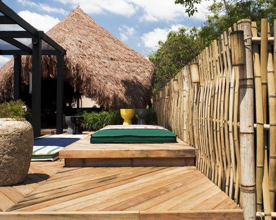 Gartengestaltung Pflege Terrassen Bambu Im Garten Diy Sichtschutz ... Garten Gestaltung Und Pflege
