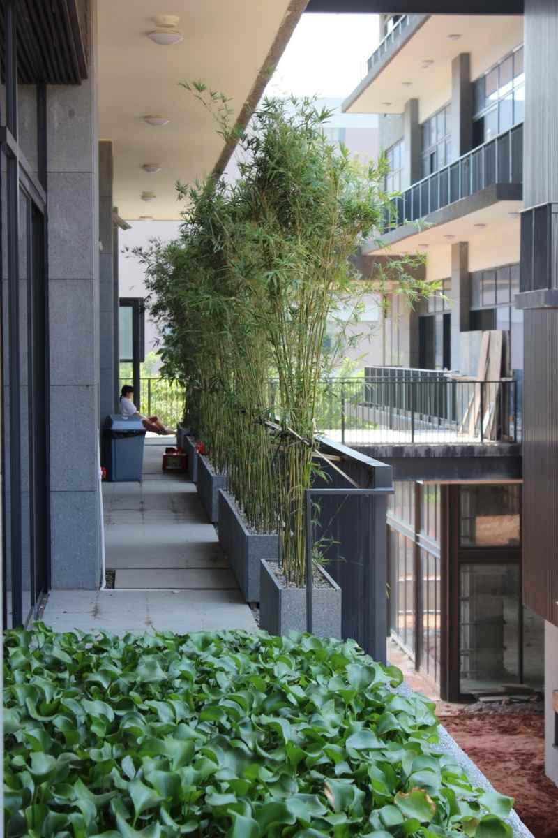 Glasgelander Terrasse Franzosischer Balkon Lochblech Md06ap Weiss