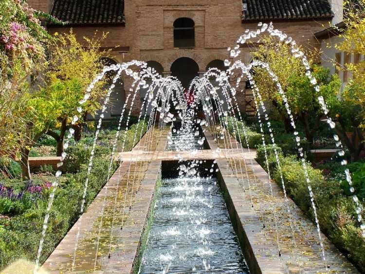 gartengestaltung ideen fur gartenbrunnen als kreatives ... - Besondere Ideen Gartengestaltung