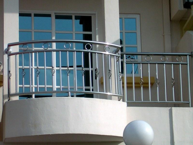 gelander fur terrasse und balkon aus holz edelstahl oder glas, Gartengerate ideen