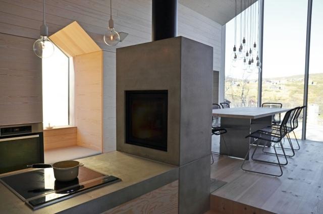 Modernes Holzhaus in Norwegen bietet ein eindrucksvolles Bergpanorama