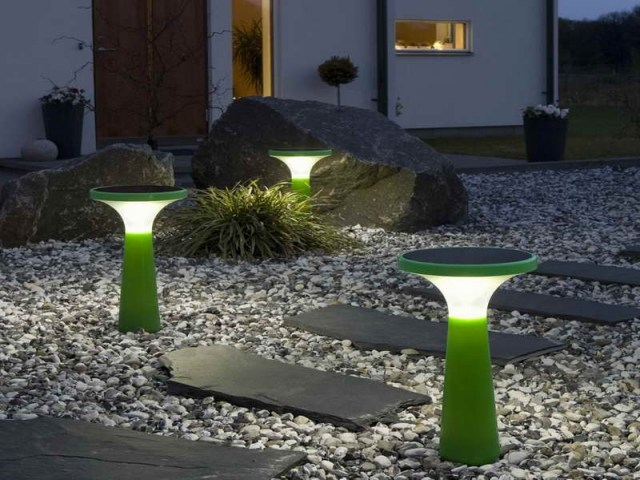 Solar Gartenleuchten  Garten und Gartenwege nachts schn