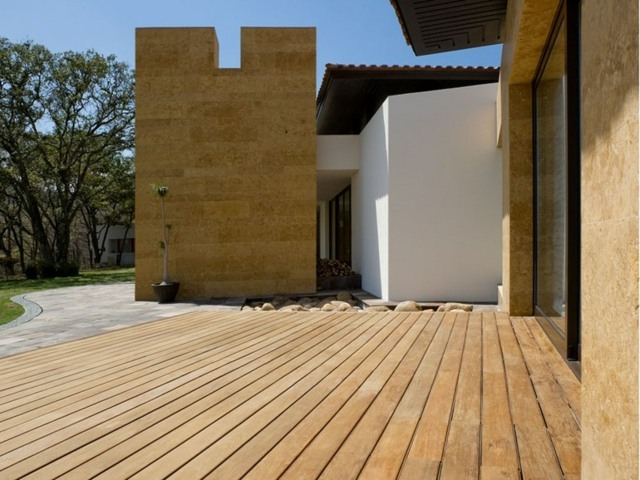 bauen bauen mit holz balkon garten terrasse terrasse holzfliesen, Gartengerate ideen