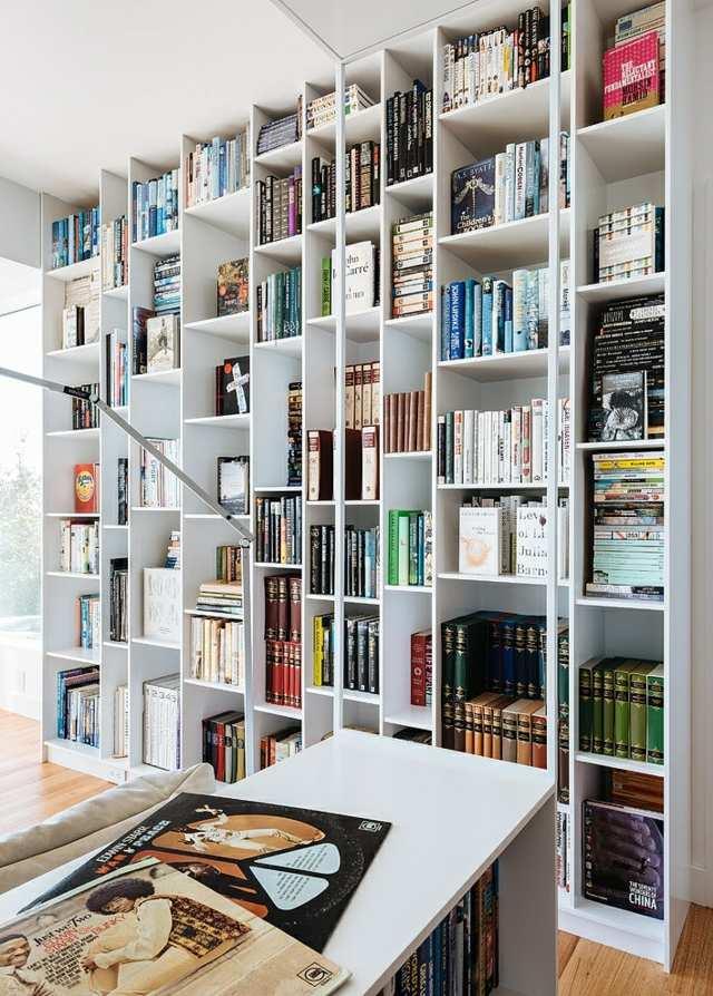 Platzsparende Einrichtung Ideen  Regalsysteme fr die Buchkollektion