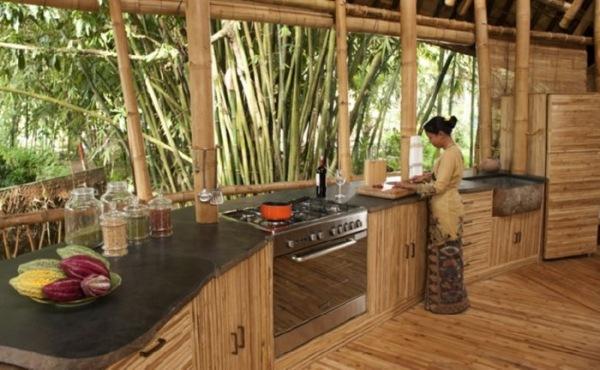 Vielfltige BambusMbel und Produkte sorgen fr Nachhaltigkeit