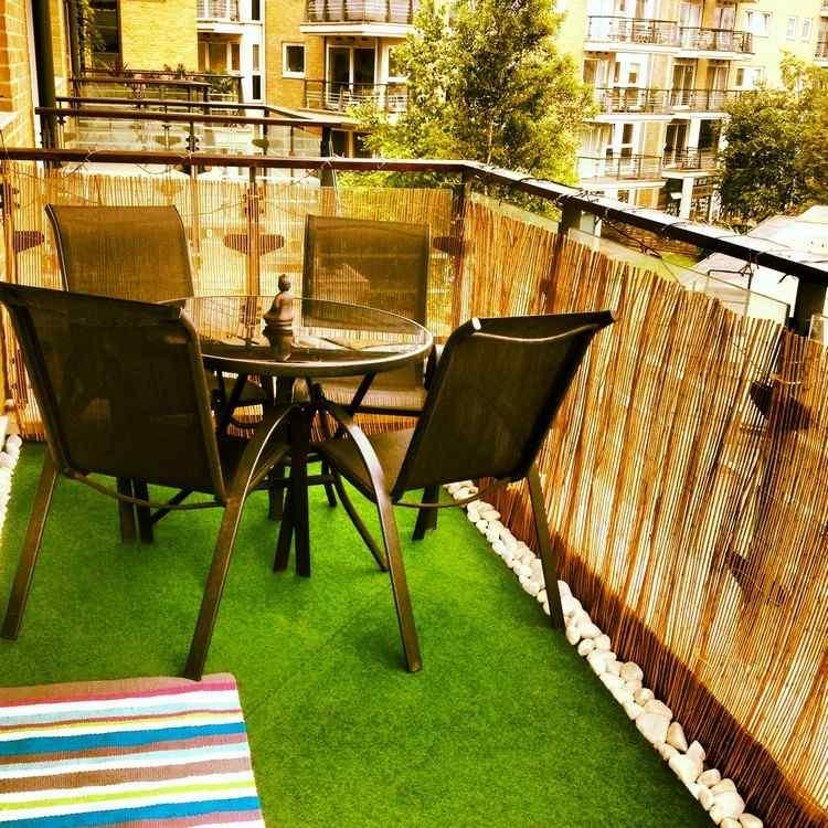 Sichtschutz Balkon Bambumatten Gelaenderbespannung Kustrasenteppich Sichtschutz Fur Balkon Funktionale Und Stilvolle Ideen