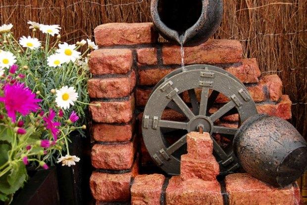 Gartenteich Wasserspiele Selber Bauen | Moregs, Gartenarbeit Ideen