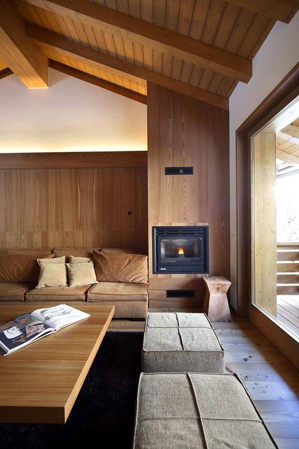 MaisonetteWohnung mit viel Holz ausgestattet von Studio