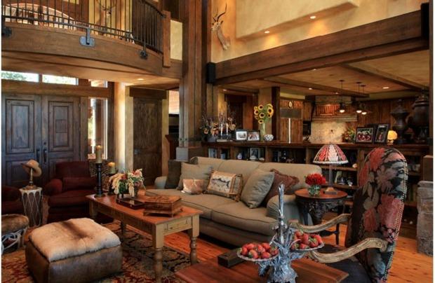 kolonialstil wohnzimmer - boisholz - Wohnzimmer Dunkles Holz