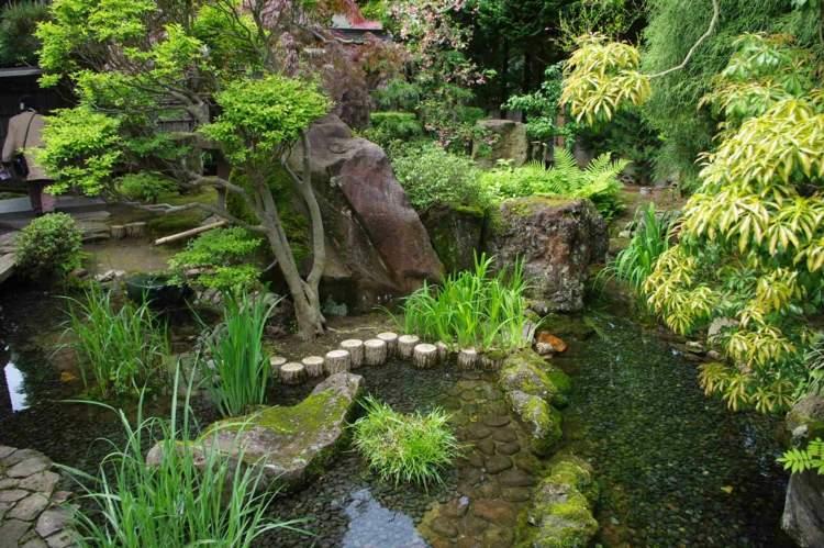 Ein chinesischer oder japanischer Garten  Gestaltung