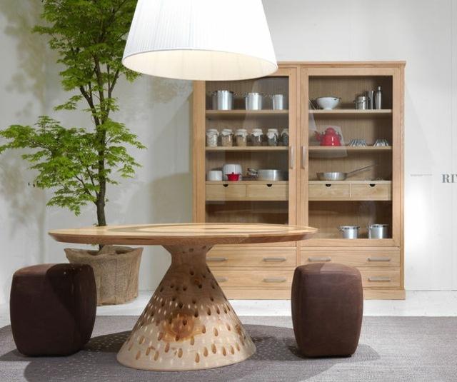 Tisch aus Holz mit anpsrechender Optik  Colino von Riva