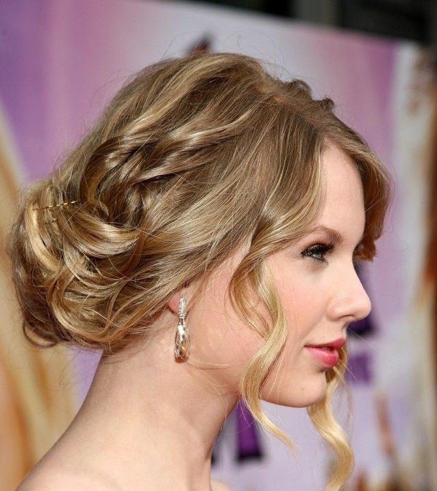 17 Natürliche Locken Frisuren Bei Den Stars