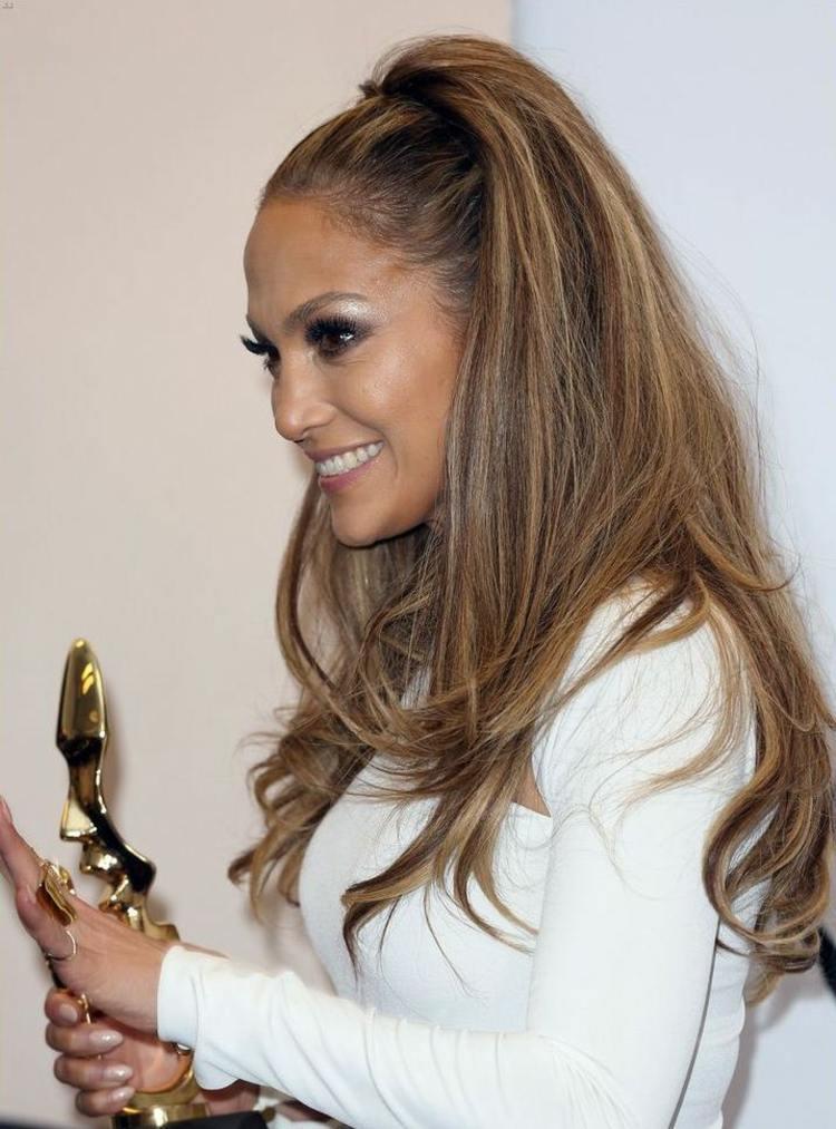 45 Frisuren Für Langes Haar Trends Bei Den Stars