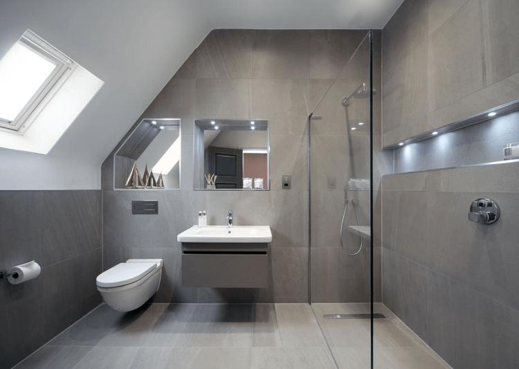 Eine Moderne, Türlose Duschkabine Im Badezimmer