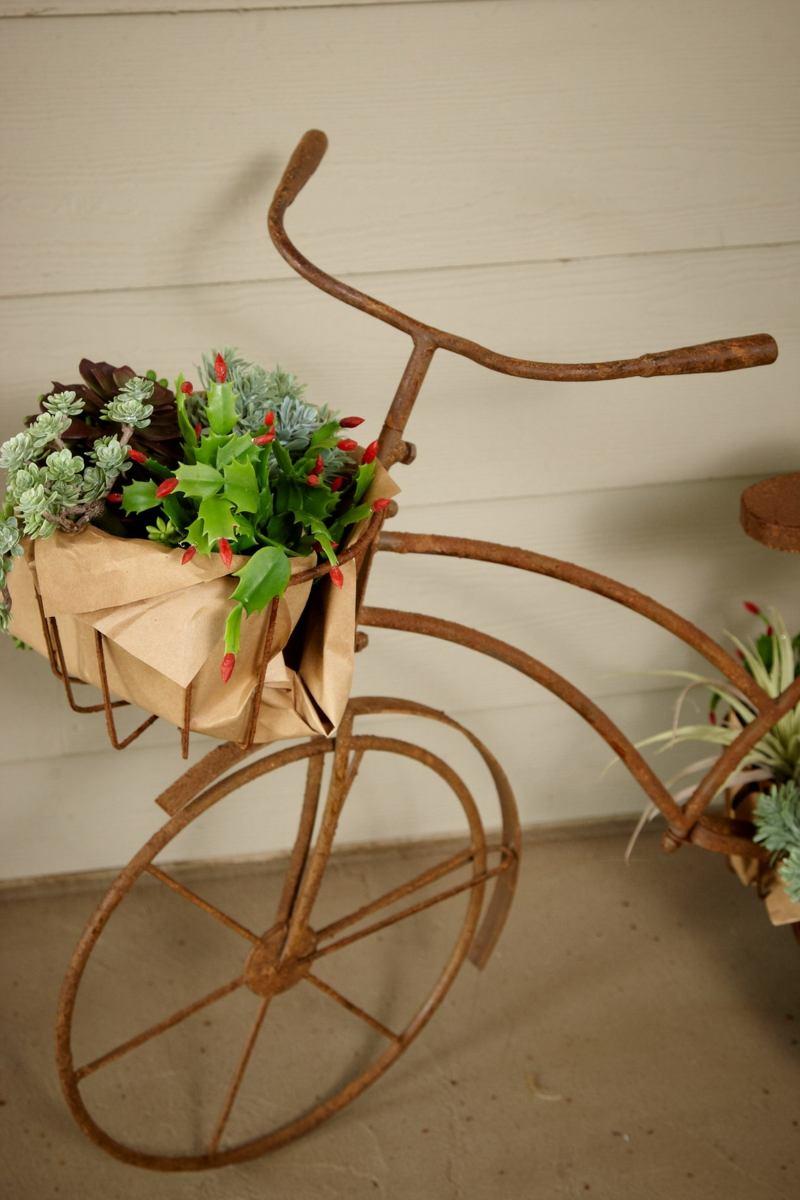 Kreative Gartenideen Deko aus altem Fahrrad selber machen