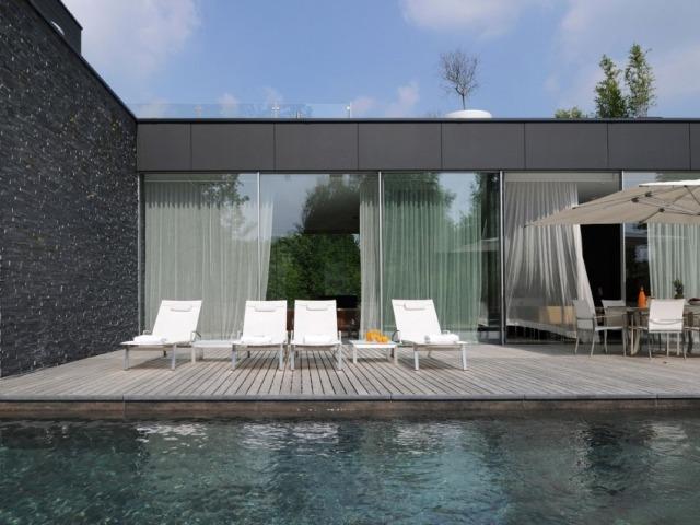Faszinierende Luxus Villa im zeitgenssischen Stil