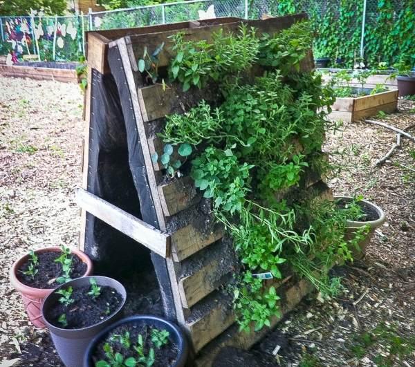 garden recycled pallet wood garden planters pallet furniture diy, Garten und Bauten