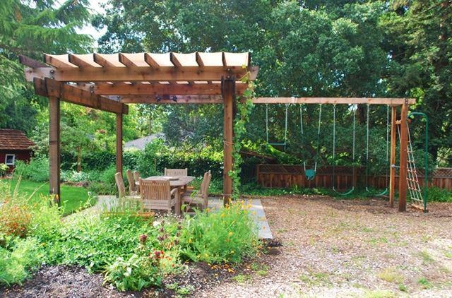 Pergola Im Garten Ruckzugsort Bluhend | Möbelideen
