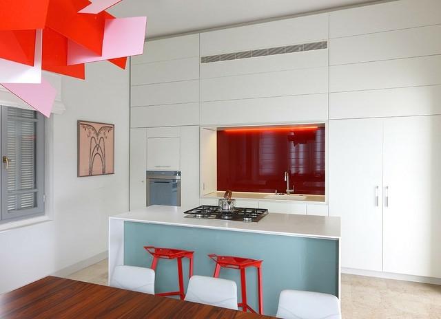 Küchenwand Spritzschutz Farbe | Moderne Küchenwände Aus ...