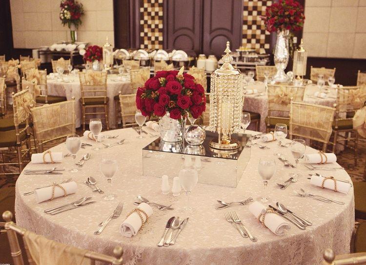 Hochzeitsdeko in Gold und Rot  Glamour pur