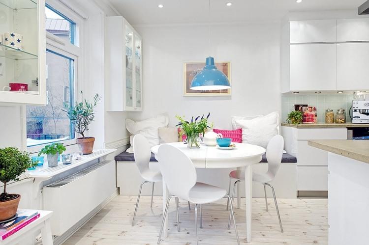 Ein runder Esstisch ist die perfekte Lsung bei Platzmangel