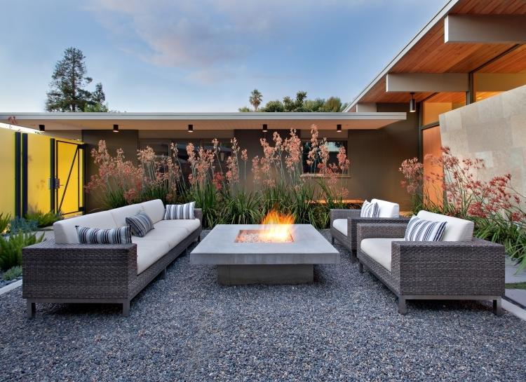 tipps terrassengestaltung garten essbereich modern kies, Gartengerate ideen