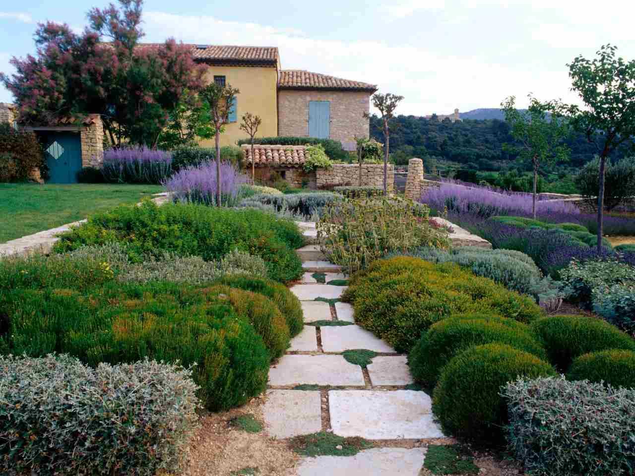 mediterraner garten beispiele gartenideen blumen duftpflanzen, Garten und erstellen