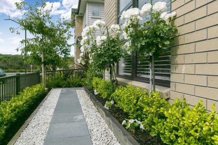 vorgarten mit kies gestalten pflanzen - boisholz, Garten und Bauten