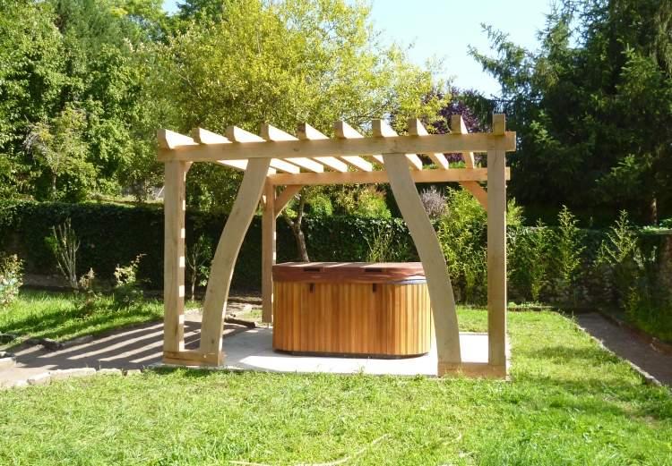 Whirlpool im Garten  Was ist bei der Installation zu beachten