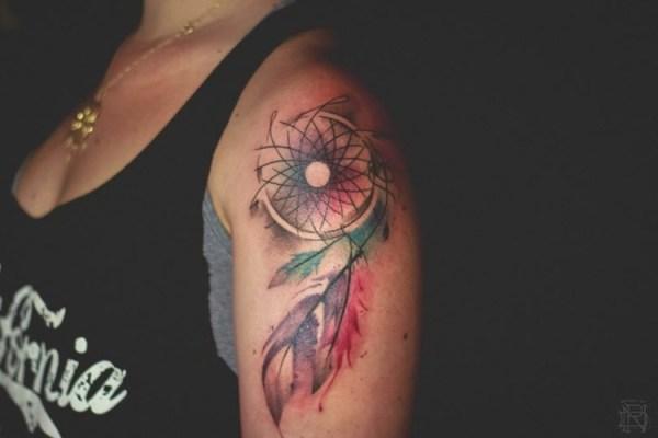 Tattoo Ideen Frauen Oberarm