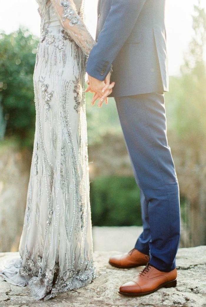 Vintage Hochzeit mit SilberKleid und traumhaftem Ambiente