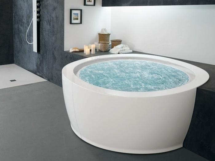 Runde Whirlpool Badewanne Bolla Sfioro Von Hafro