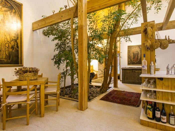 Haus Design im Wald fr einen behaglichen Winterurlaub