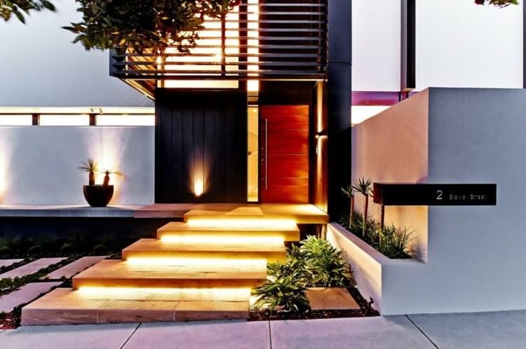 Moderne Haus Design Idee mit zeitlosem Einrichtungsstil