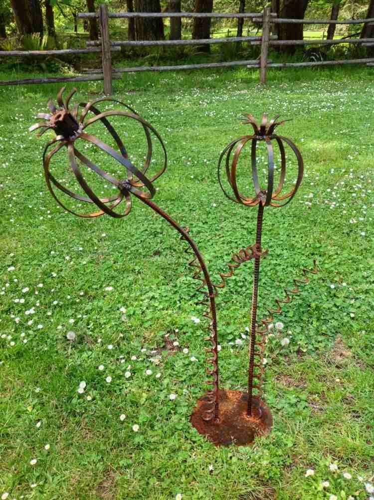 Gartendeko aus Rost  So gestalten Sie Ihren Garten originell